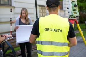 Praca dla geodety uprawnionego (zakres 1) w Łodzi - kameralna i terenowa